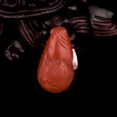 四川凉山南红玛瑙柿子红挂件 富甲一方 2克