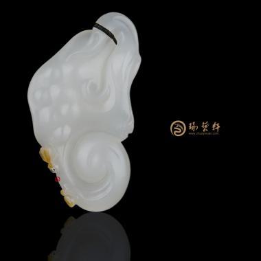 新疆和田黄皮一级白籽玉挂件 如意 12.7克